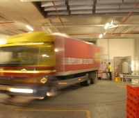 Truck turntable